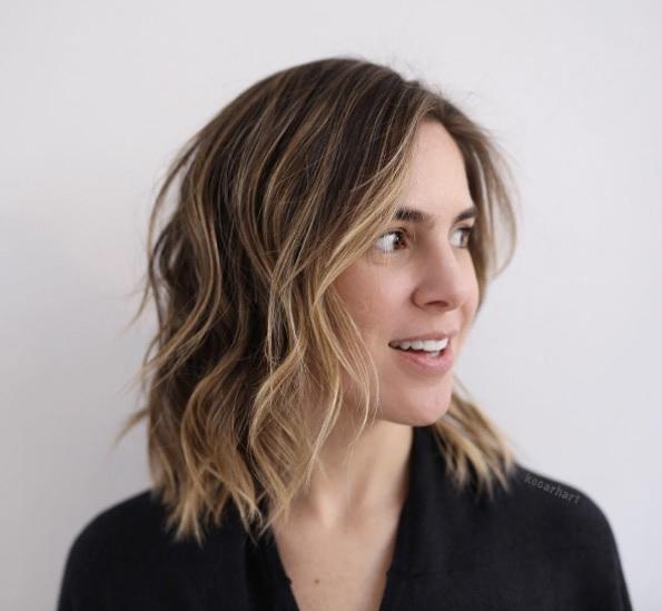 cheveux-mi-longs-ondules-19