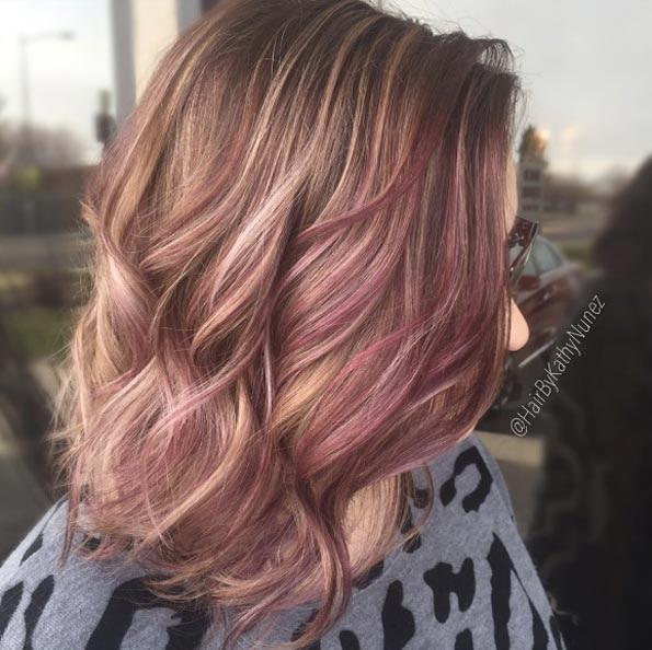 cheveux-mi-longs-ondules-21