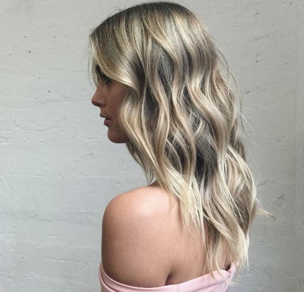 cheveux-mi-longs-ondules-23