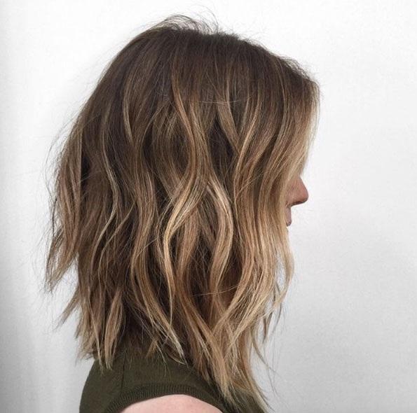 cheveux-mi-longs-ondules-32