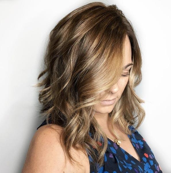 cheveux-mi-longs-ondules-35