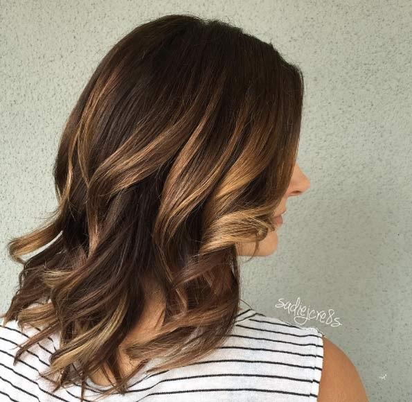 cheveux-mi-longs-ondules-38