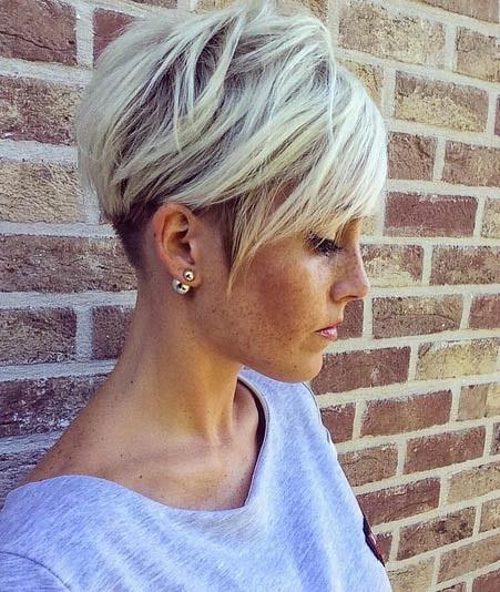 les-styles-de-cheveux-courts-2