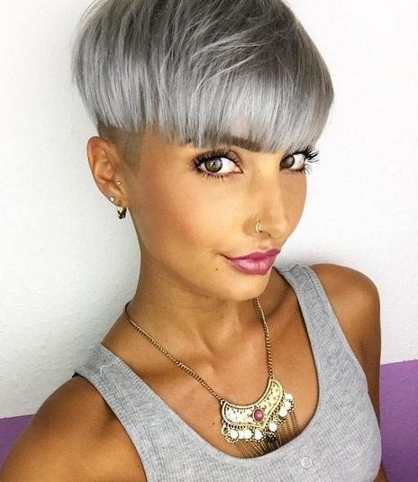 les-styles-de-cheveux-courts-36