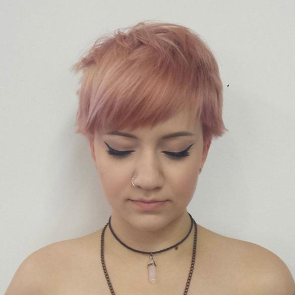 les-styles-de-cheveux-courts-39