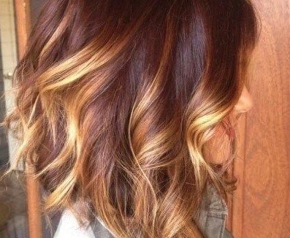 magnifiques-modeles-de-cheveux-mi-longs-13