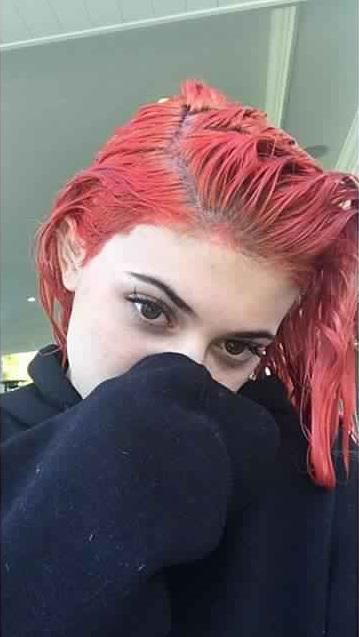 kylie-jenner-couleur-cheveux