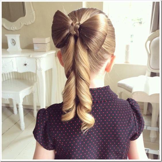 Magnifiques coiffures pour petite fille l 39 occasion de no l 2016 coiffure simple et facile - Coiffure fille simple ...
