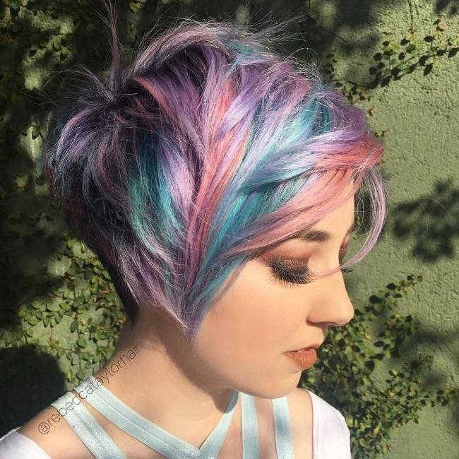 Tendance coupe courte 2017 pour femme coiffure simple et facile - Coupe courte femme brune 2017 ...