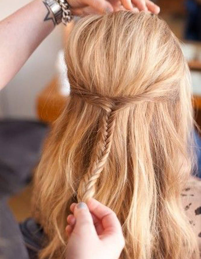 Coiffures Faciles Simples Et Rapides Pour Cheveux Mi Longs