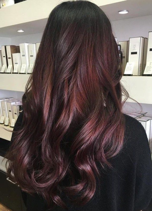 couleurs cheveux 2017 la tendance chocolat mauve sera en t te de liste coiffure simple et facile. Black Bedroom Furniture Sets. Home Design Ideas