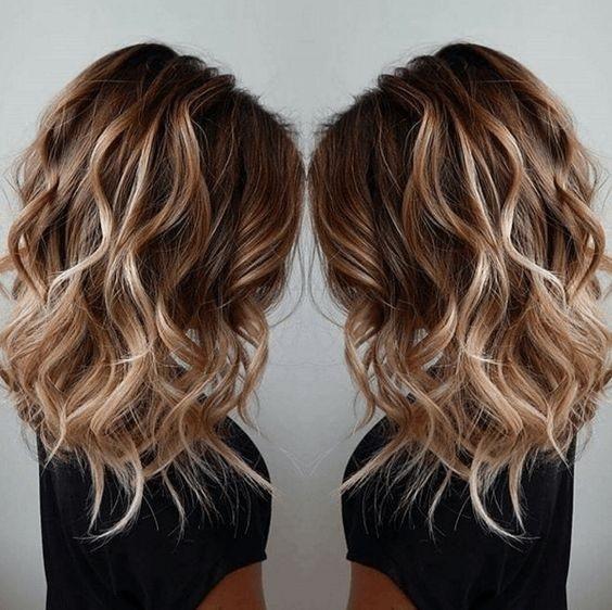 Cheveux Mi Longs Degrades Les Plus Jolis Modeles Coiffure Simple
