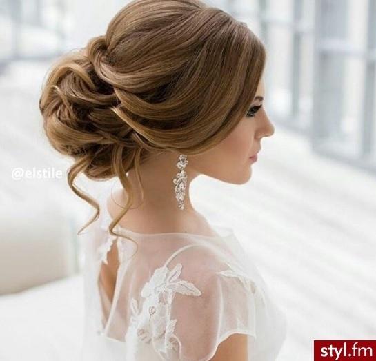 20 magnifiques mod les de coiffure de mariage tendance printemps et 2017 coiffure simple et - Modele coiffure mariage ...