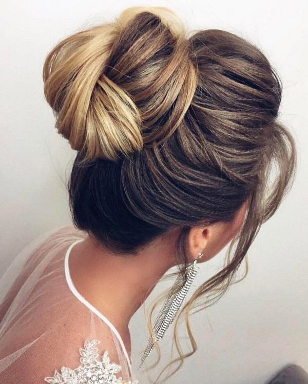 Magnifiques id es de coiffures pour mari es tendance 2017 - Idees de coiffures faciles ...