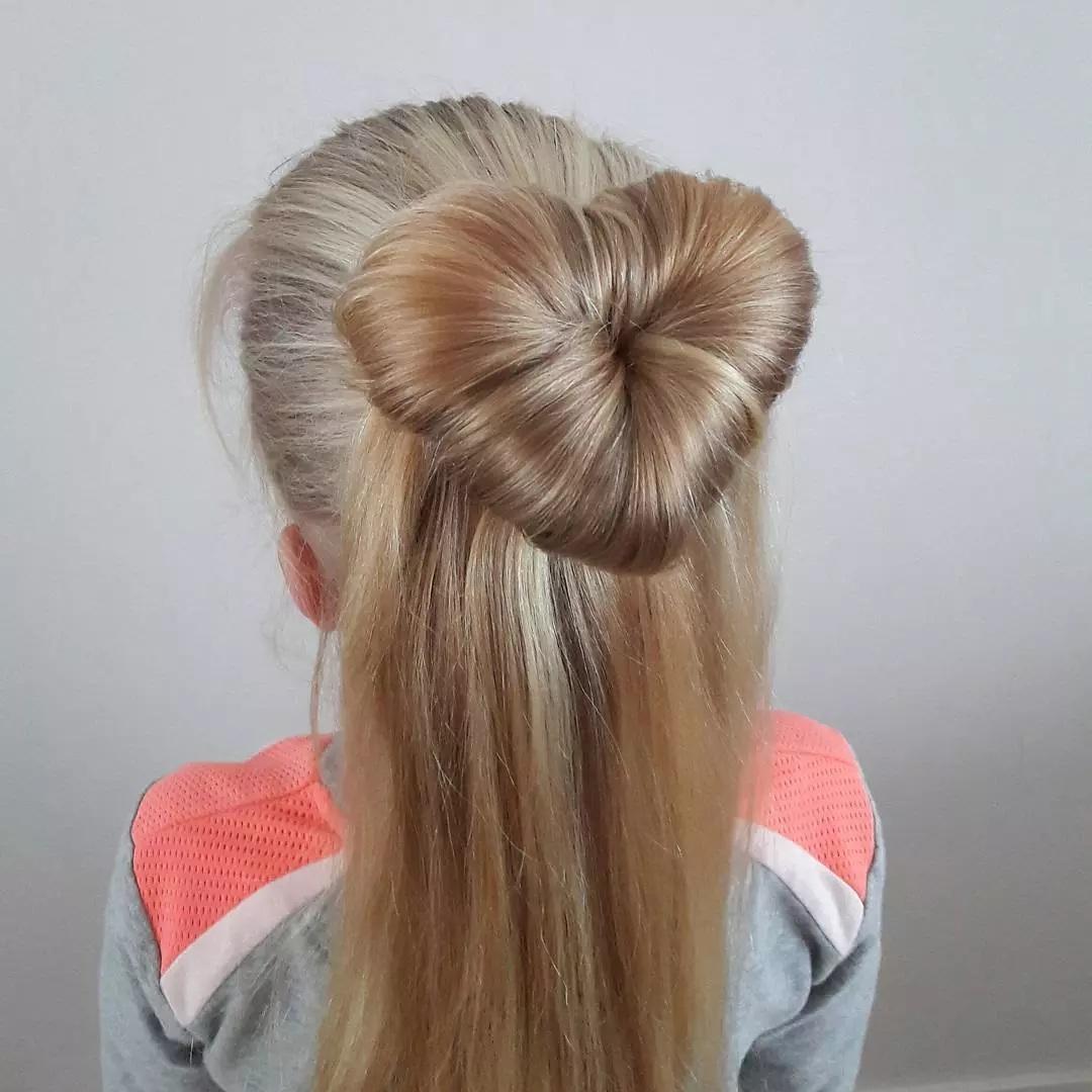 magnifiques coiffures pour petite fille 2017 coiffure. Black Bedroom Furniture Sets. Home Design Ideas