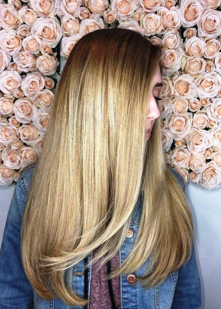 30 belles coupes cheveux mi longs d grad es coiffure. Black Bedroom Furniture Sets. Home Design Ideas