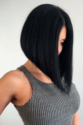 coupe carr e brune 15 photos impressionnantes coiffure simple et facile. Black Bedroom Furniture Sets. Home Design Ideas