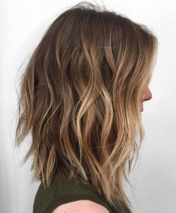 Coupe de cheveux mi long 2018