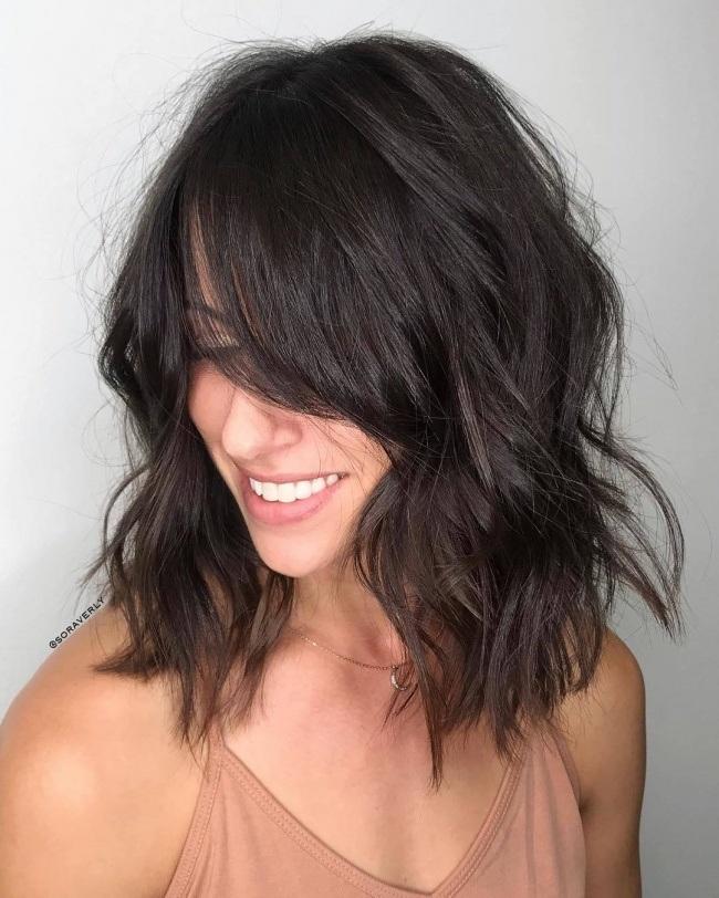 Coupes pour cheveux mi-longs tendance 2018 | Coiffure simple et facile