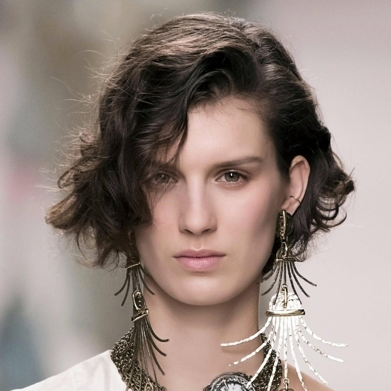 coupe courte cheveux fins | Coiffure simple et facile