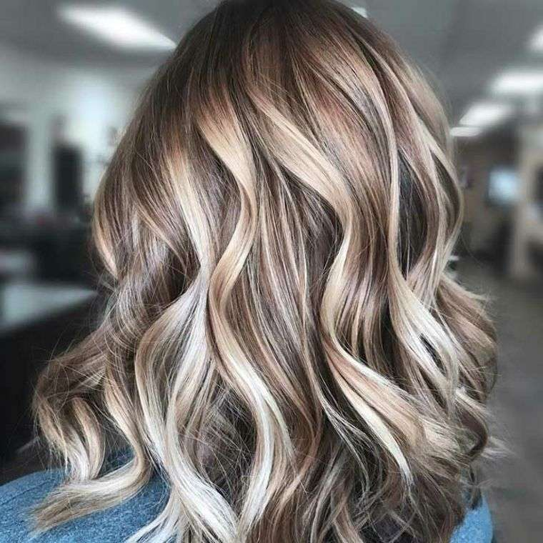 balayage blond coiffure simple  facile
