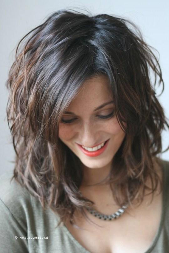 Coupe cheveux mi long | Coiffure simple et facile