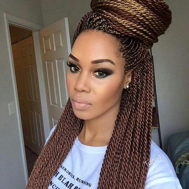 tresse africaine coiffure simple et facile. Black Bedroom Furniture Sets. Home Design Ideas