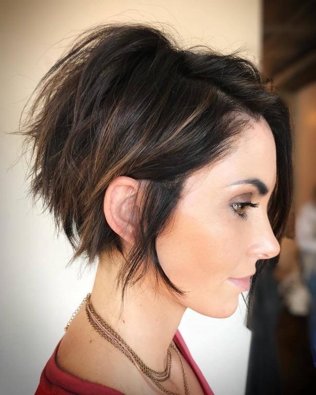 coupes cheveux mi longs tendance 2019 coiffure simple et facile. Black Bedroom Furniture Sets. Home Design Ideas